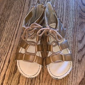 Gently used girls sandals